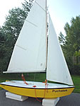 Kama Pooh Sailing Dinghy